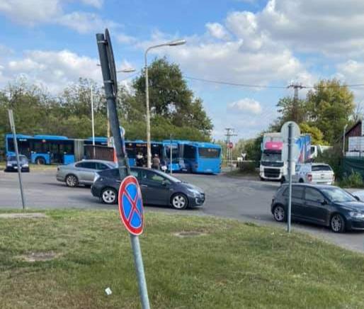 Két BKV-s autóbusszal karambolozott…