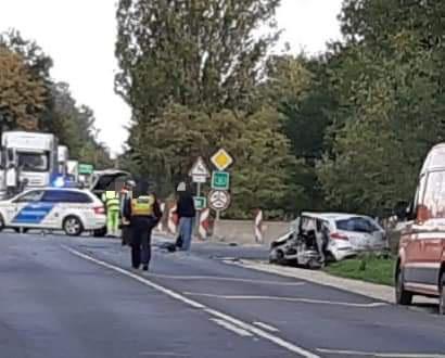 Összeütközött két autó az 51-esen Majosházánál